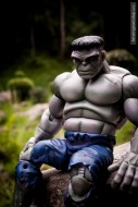 hulk sitting